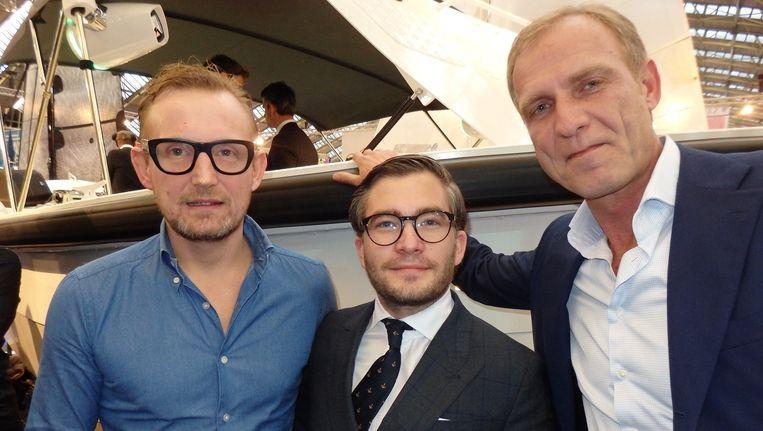 De organisatie van het feestje: Prins Bernhard, mede-ontwikkelaar van de boot, François-Léon van der Velden (Glamourland Magazine) en Erik van der Burg (Vida Real). Beeld Schuim