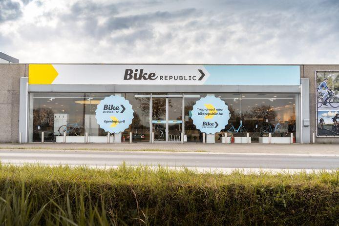 De nieuwe fietsenwinkel bevindt zich aan de Westerring (N60) in Oudenaarde.