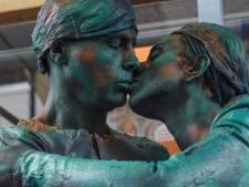 Onverstoorbare kus en chagrijn scoren de hoofdprijzen bij World Statues Festival