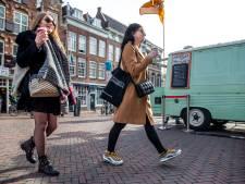 Nauwelijks toeristen, tóch veel Engels, Spaans en Duits in het Utrechtse centrum: wie zijn deze internationals?