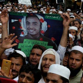 Door een godslasteraar te vermoorden word je in Pakistan een volksheld