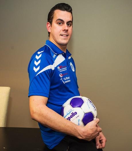 Derby zonder geladen sfeer: Kuijk-doelman Dave Tausch kent tegenstanders uit het café