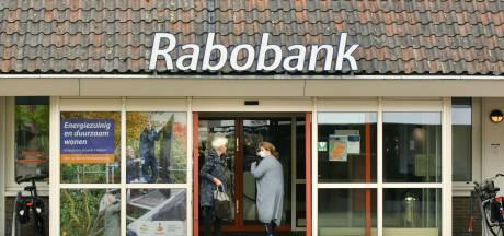 Fusie na sluiting van kantoren: Rabobank Enschede-Haaksbergen en Twente Oost gaan 'krachten bundelen'