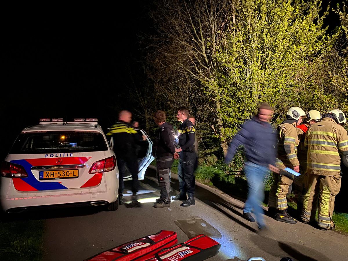 De politie verrichtte in totaal drie aanhoudingen na het geweldsincident in Lunteren, waarbij een persfotograaf en zijn vriendin door omstanders werden aangevallen.