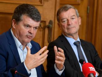 "Minister Somers over brandstichting asielcentrum: ""Dit is politieke terreur"""