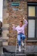Zarra maakte van haar Zwaluwenstraat al een Knikjesstraat. Volgt de rest van Vlaanderen?