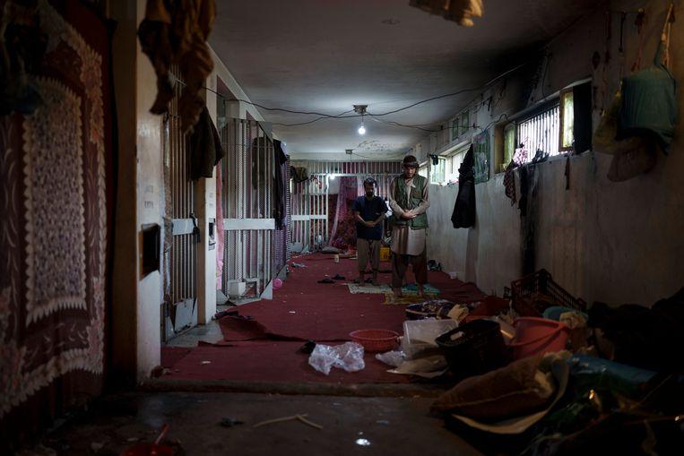 Gevangenen in de Pul-e-Charkhi gevangenis in Kaboel Beeld AP