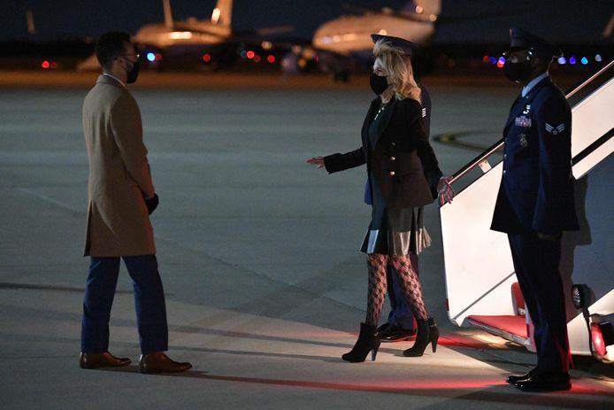 Jill Biden bij aankomst in Maryland na afloop van haar trip naar Californië.