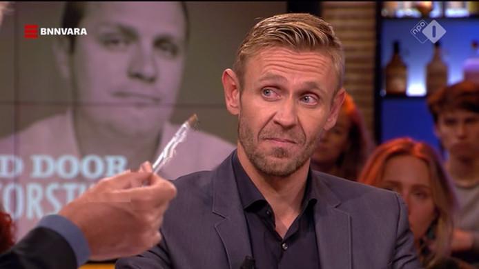 Gijs van Dam reageerde aan tafel bij Pauw op de beschuldigingen.