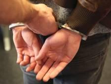 Tilburger (26) bedreigd met mogelijk vuurwapen als hij weigert sigaret te geven
