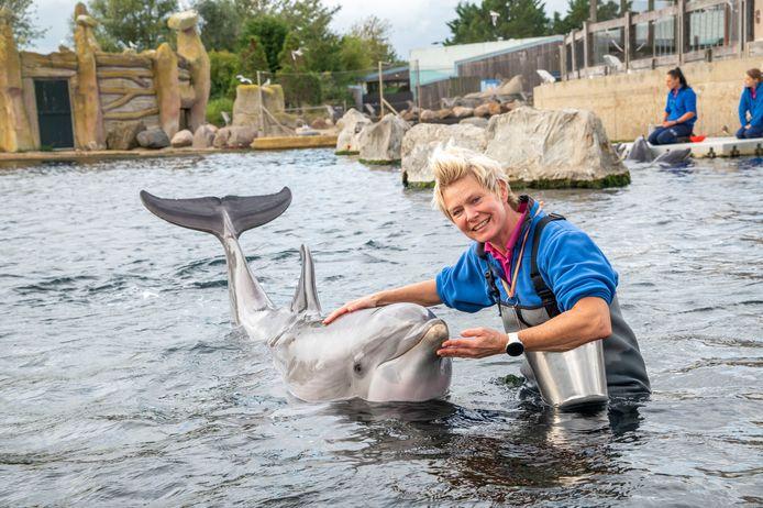 Bernadet Jiskoot neemt vrijdag na 25 jaar afscheid als dolfijnentrainster.