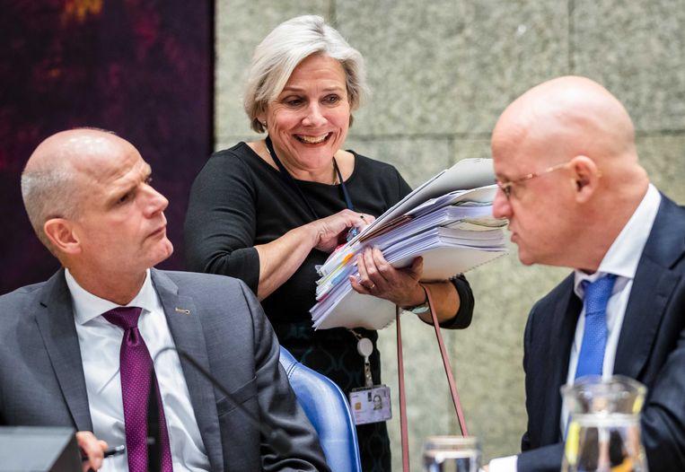 De ministers Blok (buitenlandse zaken), Bijleveld (defensie) en Grapperhaus (justitie en veiligheid) tijdens het Kamerdebat. Beeld ANP