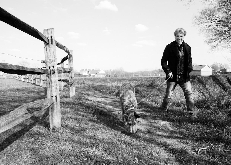 Lucas Van den Eynde: 'Mijn moeder vond het stiekem wel spannend, een 'artiest' in de familie.'