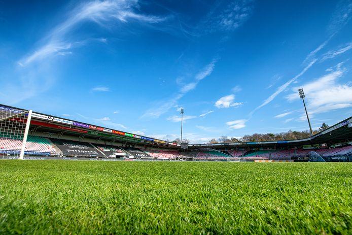 Ali Akman is komend seizoen in het shirt van NEC te bewonderen in De Goffert.     Stadium overview before the match.