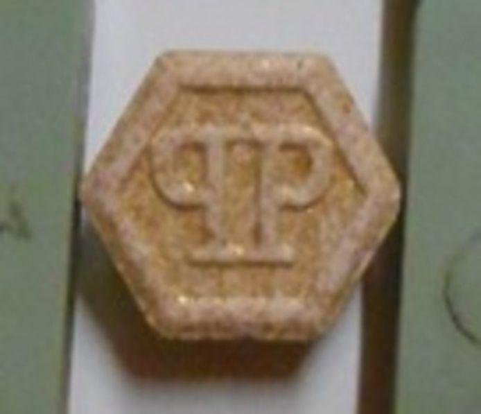 Xtc-tabletten met logo van Philipp Plein.