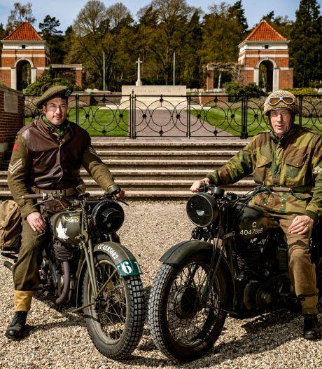 Norton-rijders uit heel de wereld ronken naar Holten vanwege oorlogsfoto uit 1944 van soldaat Don Fife