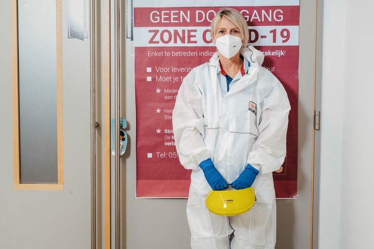 Sara Van Thomme, verpleegkundige intensieve AZ Damiaan Oostende.  Beeld Damon De Backer