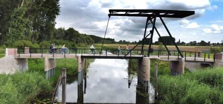 Renovatie van het iconische bruggetje in Hank is klaar