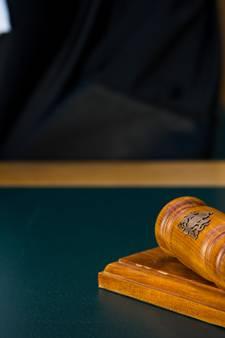 Oudenbossche verdachte wil snel terug naar de gevangenis: 'Ik wil niet verder wegzakken'