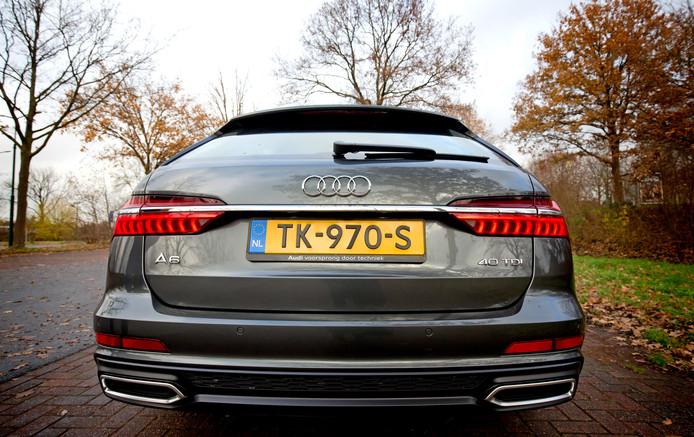 Een Audi A6. Bijna de helft van de Audi-bestuurders (47,9 procent) werd één of meermaals bekeurd.