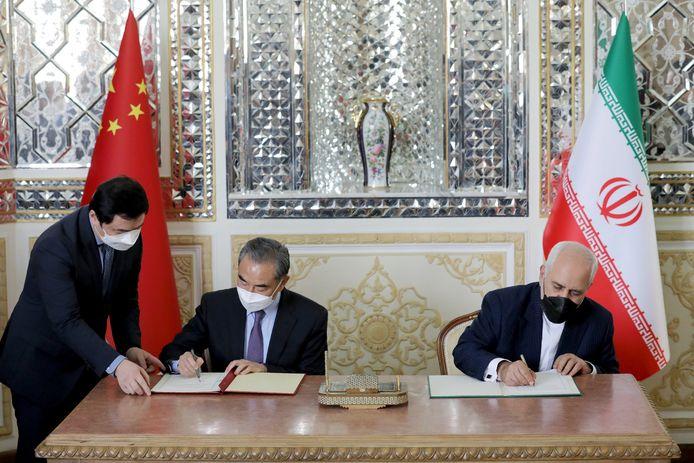 """Ce """"pacte de coopération stratégique de 25 ans"""" a été signé par le ministre des Affaires étrangères iranien, Mohammad Javad Zarif, et son homologue chinois, Wang Yi, en visite à Téhéran"""