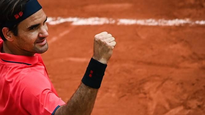 """ROLAND GARROS. Nadal, Federer en Djokovic stoten door - Nummer één Barty na opgave: """"Dit is hartverscheurend"""""""
