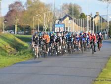 Wielrenners daveren weer door Staphorst