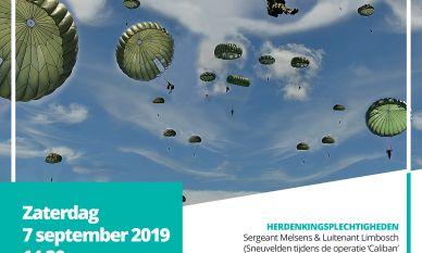 Vijftig parachutisten brengen eerbetoon aan oorlogsslachtoffers uit WO II
