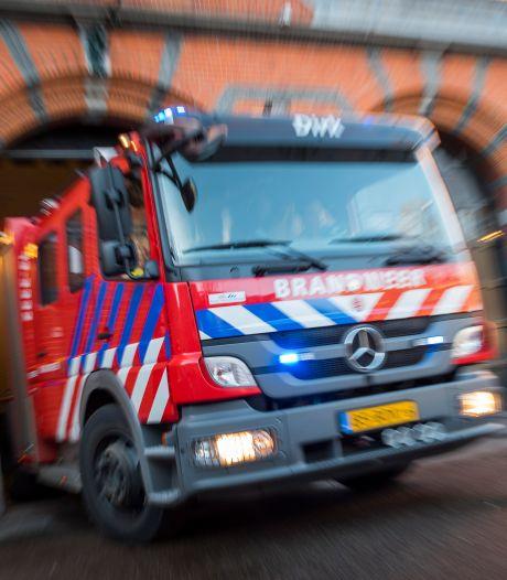 Brand in 2 huizen in Enschede, bewoners 4 woningen geëvacueerd