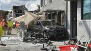 Auto rijdt in op terras in Temse: drie gewonden
