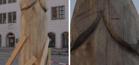 Cette sculpture de 2 mètres de haut ne passe pas inaperçue en Allemagne