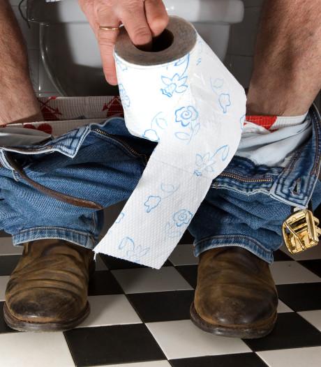 'Pak illegale lozing toiletwater van plezierboten aan'
