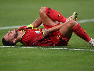 Even zorgen om Eden Hazard, nadat hij in duel neergaat en pijnlijk naar zijn voet grijpt