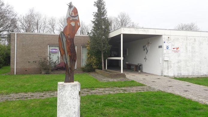 Het gebouw waar het kantoor van Vluchtelingenwerk Hulst zich bevindt, aan de Tabakstraat.