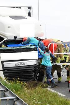Ernstig ongeluk op de N419; weg volledig afgesloten voor verkeer