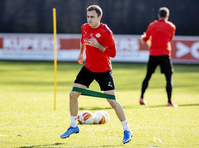 Mario Götze tijdens de laatste training van PSV voor het duel met Olympiakos.