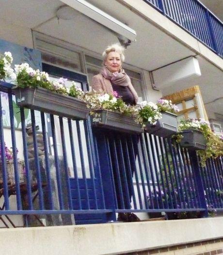 Tuinliefhebber Monique, moet het nu stellen met 'slechts' een balkon: 'Je kan een hoop meer dan je denkt'