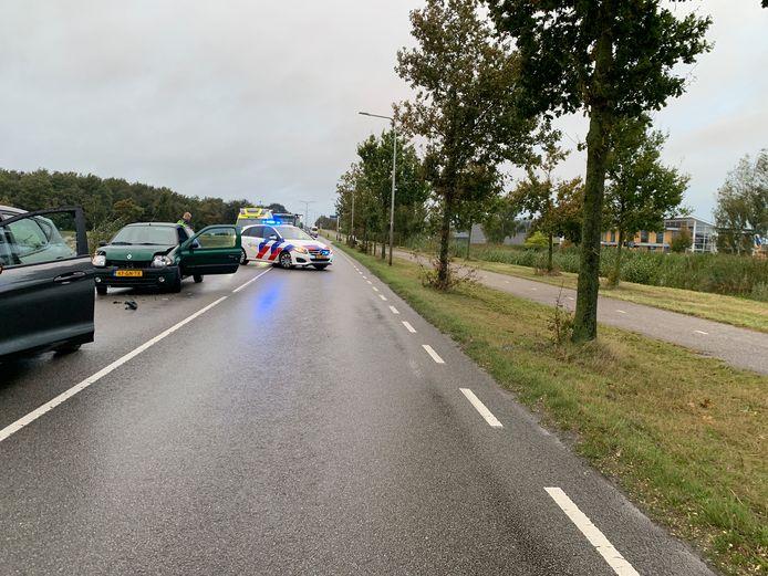 Op de Duitslandweg is een persoon gewond geraakt na een botsing.