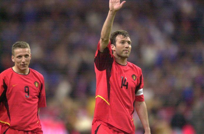 Le but de Marc Wilmots permet à la Belgique de s'imposer au Stade de France.