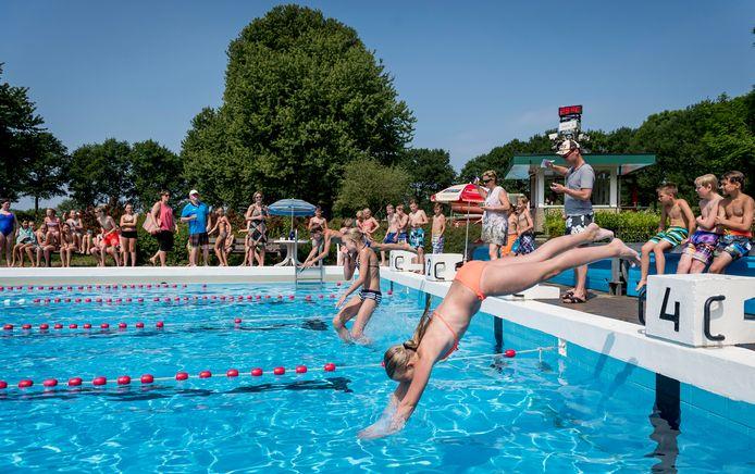Zwembad De Kuiperberg in Ootmarsum gaat weer open
