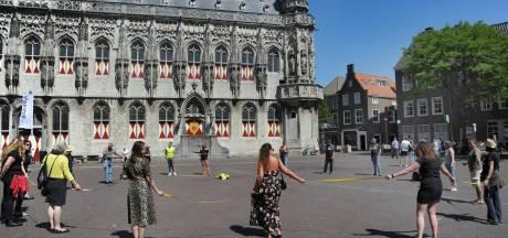 Protest op Middelburgse Markt tegen 1,5 metermaatregel