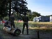 Eerste vluchtelingen zondag op Heumensoord verwacht, Defensie bouwt paviljoens op: 'Het wordt een stuk comfortabeler dan 6 jaar geleden'