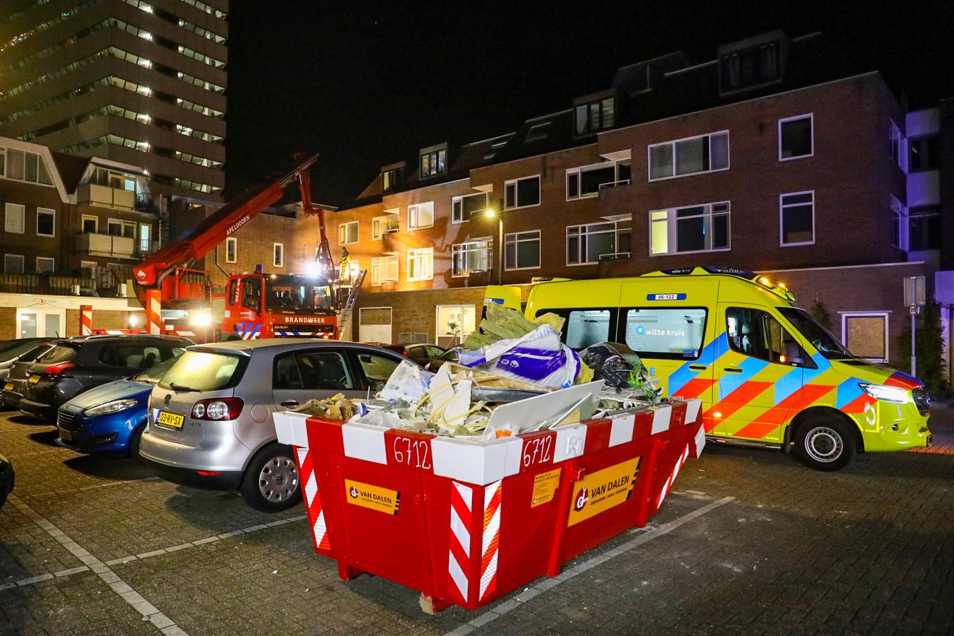 Meerdere hulpdiensten kwamen ter plaatse, er werd ook een traumahelikopter opgeroepen.