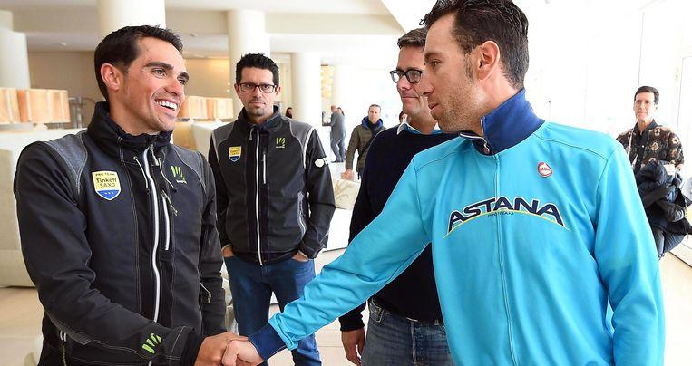 Alberto Contador en Vincenzo Nibali. Beeld EPA