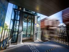 Lift op station Wierden doet het weer, na twee maanden