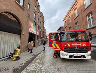 Brandje nadat pot op fornuis in appartement vuur vat