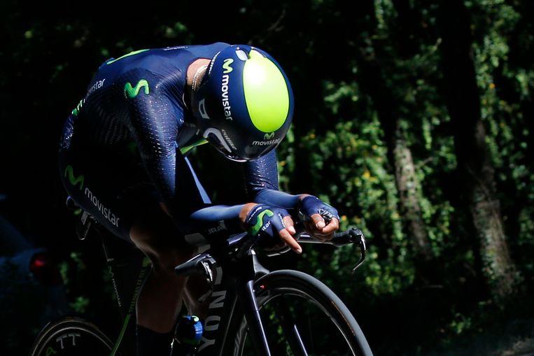 Nairo Quintana tijdens de tijdrit in de Ronde van Frankrijk vorig jaar. Hij verspeelde toen twee minuten op de latere eindwinnaar Chris Froome. Nu aast Quintana op revanche met de dubbel Giro-Tour. Beeld AP