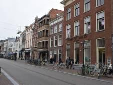 Extra stalling in Leidse Breestraat om de rondslingerende fietsen tegen te gaan