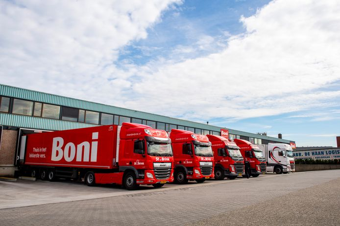 Boni heeft zijn hoofdkantoor en distributiecentrum in Nijkerk, en daarnaast 44 filialen in het land.