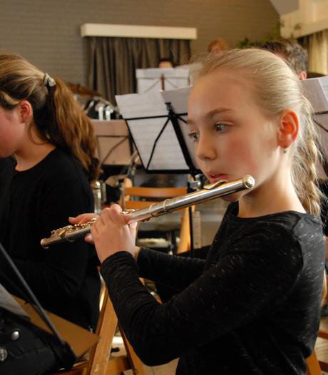 Slapstick-elementen verweven in nieuwjaarsconcert Orthense Harmonie
